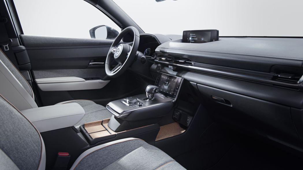 Mazda elektrisiert, wortwörtlich!